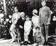Patricia with her father, Prince Arthur, Duke of Connaught, her son Alexander (sitting on Prince Arthur's knee) and her sister Margaret's children, from left:   Princess Ingrid, Prince Gustaf Adolf, and, sitting on floor, Prince Sigvard (?) of Sweden.