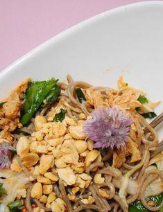 Peanut Ramen Noodle Salad