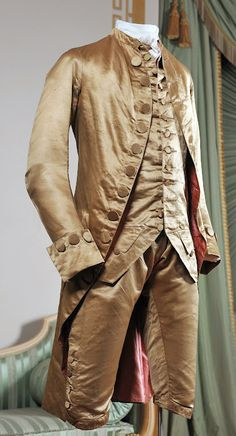 It says but the justaucorps is cut back too much.I would guess it more to be late Gentleman's suit, made of fine silk. Comprising matching Frockcoat, waistcoat and breeches. 18th Century Dress, 18th Century Costume, 18th Century Clothing, 18th Century Fashion, Historical Costume, Historical Clothing, Vintage Outfits, Vintage Fashion, Rococo Fashion