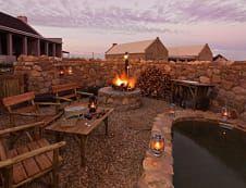 'n Lekke braaiplek by Karoo View Cottages in Prins Albert.