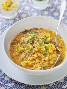 gingembre, curcuma, huile, tomate, oignon, curry, eau, ail, lentille corail, sel, poivron
