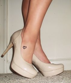 I love just a little something on the foot..especially since I love flats and heels :)
