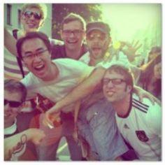 Erlebe für nur 3 Euro Eintritt pro Person die EM 2012 beim außergewöhnlichsten Public Viewing der Stadt. Buche online Deine Plätze im Feierwerk München und verfolge die Spiele live mit Deinen Freunden vor Deinem eigenen Fernseher. $15