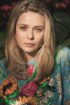 Elizabeth Olsen hair
