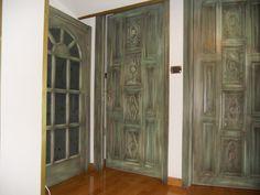 Porte in legno massello di meranti spazzolate e invecchiate Porta con vetro all'inglese con mezza luna
