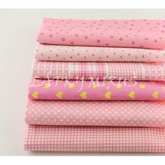 Dovoz patchwork balíček č.66 Quilt Bedding, Baby Sewing, Sewing Clothes, Cotton Fabric, Quilts, Embroidery, Pink, Handmade, Crafts