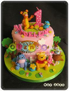 Winnie The Pooh by olanos cakes