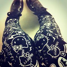 hello kitty :) pants want