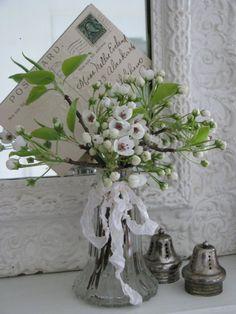 Romantic white Spring flower display