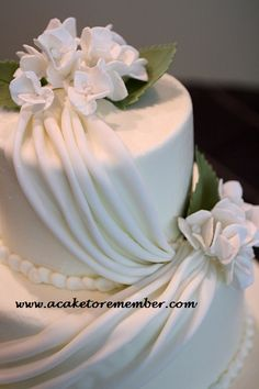 A Cake To Remember VA: How To Do Fondant Draping
