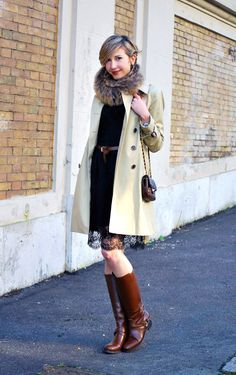 Trench & Lace, Casual or Chic   Coffee Blooms