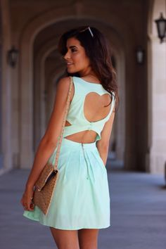 This dress! A wonderful colour for summer
