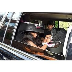 Lil Kim  Tge Queen Bee & Daddy Mr. Papers Leaving The Hospital With Thier Little Princess Royal Reign