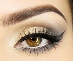 Makeup: Cat Eyeliner