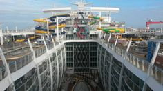 The Perfect Storm water slides on Harmony of the Seas.