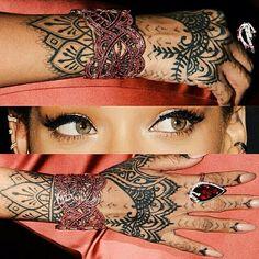 #tattoo #Rihanna