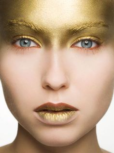 Possible Products: Gold Superstar/Snazaroo Paint, Lipstick Pros: Light and thin layer (comfortable) Cons: Around the eyes if they sweat the paint may get in the eyes. Pros: Colourful and catches in the light Cons: Doesn't hint who the character is Goldielocks.
