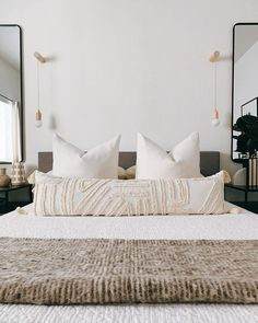 Home Interior Dark If you caught my stories from last night then you know that Hunter and I decided to build some super simple bedside sconces and ohhhhhhhh Minimal Bedroom, Modern Bedroom, Master Bedroom, Bedroom Sconces, Wall Sconces, Quirky Bedroom, Bedroom Simple, Simple Bed, Bathroom Modern