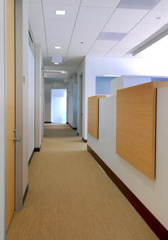 Design details, close up of a hallway with #wood texture furnishings, #modern workplaces