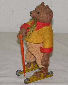 Antique Bing Roly Toy Teddy Bear on Roller Skates ~ My favorite. Old Teddy Bears, Antique Teddy Bears, Teady Bear, Love Bears All Things, Antique Toys, Old Toys, Jouer, Vintage Dolls, Antiques