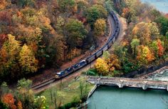 Coal train pullin' thru the gorge.