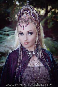 Fairy Tale Princess Queen Renaissance Medieval Nouveau Labtrnth Fantasy headpiece headdress crown $185