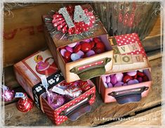 Designer Hilary Kanwischer created these adorable Valentine treat boxes with the Eileen Hull Candy Drawer die. Check out her tutorial at: http://sizzixblog.blogspot.com/2013/01/valentines-day-vintage-candy-boxes.html.