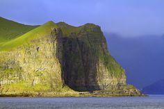 0464  lighthouse Kallur on the island of Kalsoy, Faroe Islands 28Jul11 by Lathers, via Flickr