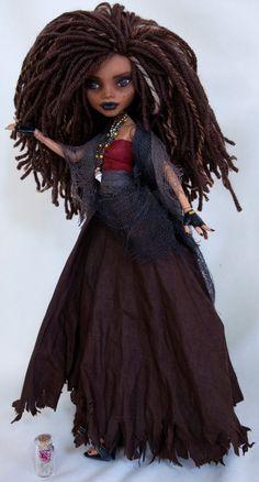 Calypso from Pirates of the Caribbean OOAK par DolliciousCustoms