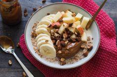 Glutenfrie og lavkarbo rundstykker Acai Bowl, Goodies, Toast, Lunch, Breakfast, Desserts, Food, Dulce De Leche, Caramel