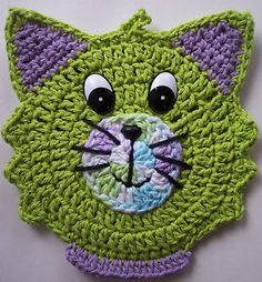 "Crochet Cat Potholder Decoration Reminds me of the movie ""De aristo katten"" lol"