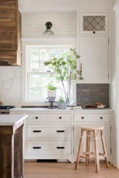 Farmhouse Kitchen Renovation Cabinet Detail Rattan Counter Stools, Kitchen Dining, Kitchen Cabinets, Rustic Wine Racks, Homestead Farm, Backless Bar Stools, Modern Farmhouse Kitchens, White Farmhouse, Beautiful Kitchens