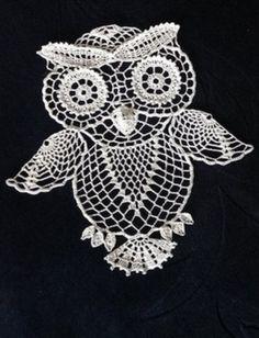 pattern for a crochet owl Crochet Butterfly Pattern, Owl Crochet Patterns, Crochet Owls, Owl Patterns, Thread Crochet, Filet Crochet, Crochet Animals, Crochet Motif, Crochet Doilies