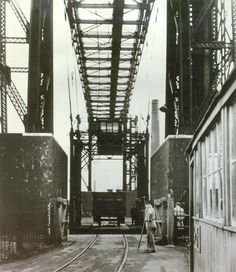 Warrington Transporter Bridge - History