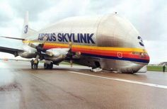 airbus skylink nosegear failure--WTF kind of plane is that?