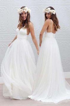 Simple V-neck Floor-Length Wedding Dress