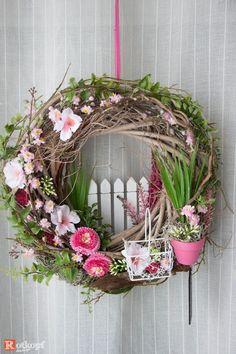 Door wreaths – door wreath 183 – a unique product by Rotkopf-design on DaWanda # at # Designer pieces Wreath Crafts, Diy Wreath, Door Wreaths, Wreath Ideas, Diy Spring Wreath, Spring Crafts, Easter Wreaths, Holiday Wreaths, Couronne Diy