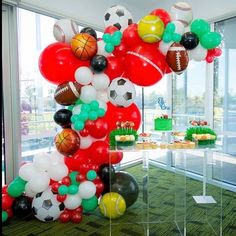 so so amazing for the lovely ladies are ⚽️🏀⚾️🏐🏈🎾 Balloon Flowers, Balloon Arch, Balloons, Boy Birthday Parties, Birthday Fun, Cake Pictures, Balloon Decorations, Plan Your Wedding, Event Decor