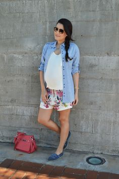 Printed shorts and light jeans shirt!