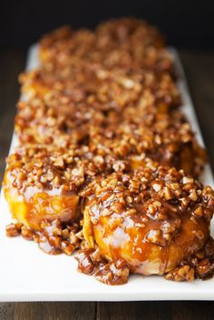 Recipe: pecan sticky buns Instead of snow, we seem to be getting a lot of dramatic and colorful sunrises and sunsets. Best Sticky Bun Recipe, Pecan Sticky Buns, Pecan Rolls, Cinnamon Bun Recipe, Cinnamon Recipes, Cinnamon Rolls, Baking Buns, Caramelized Bacon, Food Network Recipes