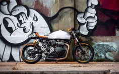 Thruxton Ace | Inazuma café racer