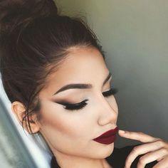 eyeliner – Great Make Up Ideas Makeup Goals, Makeup Inspo, Makeup Inspiration, Makeup Tips, Beauty Makeup, Daily Makeup, Makeup Tutorials, Winged Liner, Winged Eye