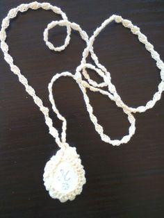 Collana con pietra di mare e crochet