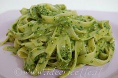 Particolare fresine al pesto di spinaci piatto lilla
