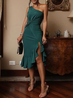 2018 Summer New Fashion Women Party Bodycon Dress One Shoulder Scrunch Irregular Ruffles Hem Dress Sexy Dresses, Evening Dresses, Fashion Dresses, Formal Dresses, Party Dresses, Dress Outfits, Bodycon Dress Formal, Work Dresses, Beach Outfits