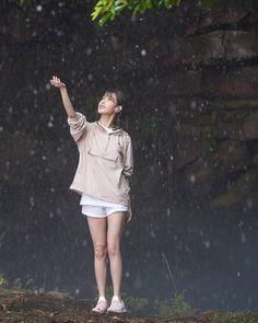 Korean Girl, Asian Girl, Korean Star, Iu Fashion, Korean Fashion, Korean Actresses, Actors & Actresses, Asian Celebrities, Foto Pose