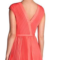 Ted Baker Terna Coral Pleated Belted dress Sz 2 Great new dress. Beautiful  color comes 508b5d98b