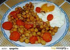 Cizrna s mrkví a sázeným vejcem recept - TopRecepty.cz Chana Masala, Ethnic Recipes, Food, Bulgur, Essen, Meals, Yemek, Eten