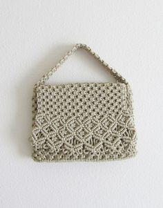 Vintage 1970's Beige Macrame Purse / Hippie Handbag