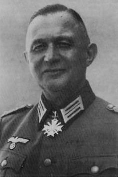 Dr. med. Carl de Freese (1892-?), Oberfeldarzt und Korpsarzt des III. Panzerkorps, Ritterkreuz des KVK mit Schwertern 09.06.1944